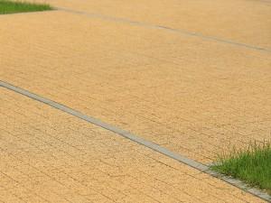 Beganit zolty plukany Obrzeze chodnikowe szary gladki 4