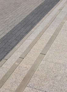 Obrzeze chodnikowe szary gladki Prostokat szary grafitowy plukany Plyta chodnikowa szary plukany 2